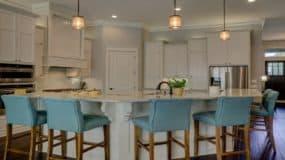 Kitchen Cabinets & Built Ins